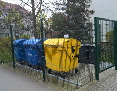Müllplatzeinhausungen